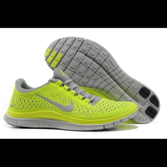 online store 1fd05 bfae9  Nike  free 3.0 yellow green Flyknit shoes! M 5aced2b95521bea97ed53ce1